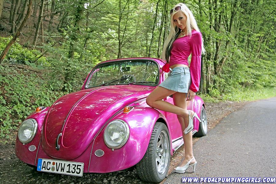 CAR SHOW MODELS - vumandas kendes